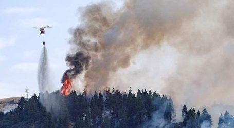 Πυρκαγιές μαίνονται στη Γαλικία, εκκενώθηκαν χωριά