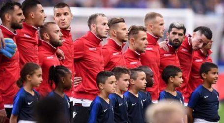 O Μακρόν ζήτησε συγγνώμη από τoν Ράμα για τη γκάφα με τον εθνικό ύμνο της Αλβανίας