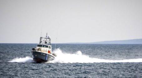 Ακυβέρνητο πλοίο λόγω μηχανικής βλάβης νότια της Σύρου