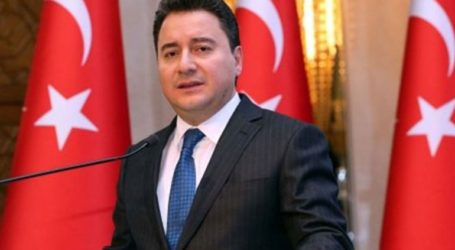 Ο Αλί Μπαμπατσάν ιδρύει νέο κόμμα πριν το τέλος του έτους