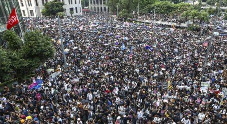 Οι ακτιβιστές ματαίωσαν τις διαδηλώσεις για να τιμήσουν τα θύματα της 11ης Σεπτεμβρίου