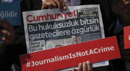 Αποφυλακίζονται οι πέντε δημοσιογράφοι της Cumhuriyet που κατηγορήθηκαν για τρομοκρατία