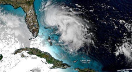 Συναγερμός στις Μπαχάμες για την τροπική καταιγίδα Ουμπέρτο