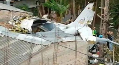 Τουλάχιστον επτά νεκροί από συντριβή μικρού αεροσκάφους