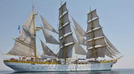 To ρουμανικό πλοίο – σύμβολο «Μircea» έδεσε στο λιμάνι της Τούλτσεα