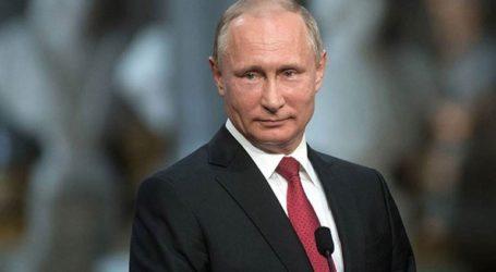 Συνομιλίες Πούτιν με τον Κινέζο πρωθυπουργό
