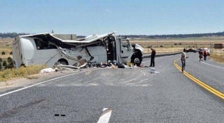 Τουλάχιστον τέσσερις τουρίστες σκοτώθηκαν σε τροχαίο με λεωφορείο στη Γιούτα