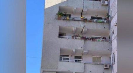 Δεκάδες σπίτια στα Τίρανα και στο Δυρράχιο υπέστησαν ζημιές από τις σεισμικές δονήσεις