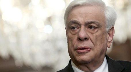 Ο Π. Παυλόπουλος κατέθεσε στεφάνι στο μνημείο των Ελλήνων πεσόντων στη μάχη του Ρίμινι