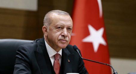"""Η Τουρκία είναι """"η πιο γενναιόδωρη χώρα"""" απέναντι στους πρόσφυγες"""
