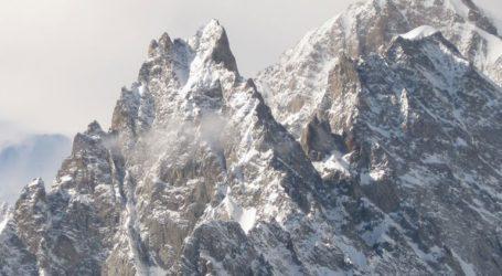 Ένας παγετώνας του Λευκού Όρους κινδυνεύει να καταρρεύσει