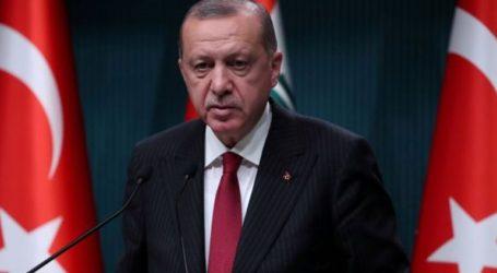 Ο Ερντογάν καλεί τη διεθνή κοινότητα να μη βιαστεί να κατηγορήσει το Ιράν για τις επιθέσεις στη Σαουδική Αραβία