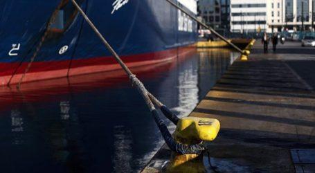 Πρόσκρουση του πλοίου «Πρέβελης» στο λιμάνι της Σητείας