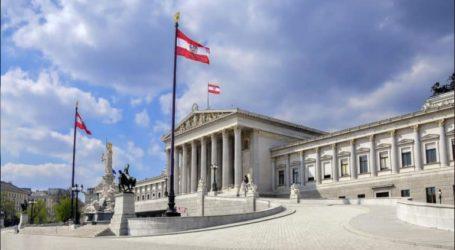 Οι Αυστριακοί ψηφοφόροι καλούνται σήμερα και πάλι στις κάλπες