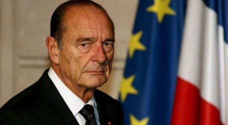 Λαϊκό προσκύνημα για τον εκλιπόντα πρώην πρόεδρο Ζακ Σιράκ στο Παρίσι