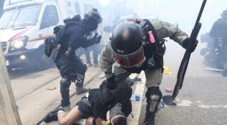 Συγκρούσεις, δακρυγόνα και συλλήψεις δεκάδων διαδηλωτών