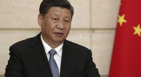 Ο πρόεδρος Σι επισκέφθηκε το μαυσωλείο όπου βρίσκεται η σορός του Μάο Τσετούνγκ