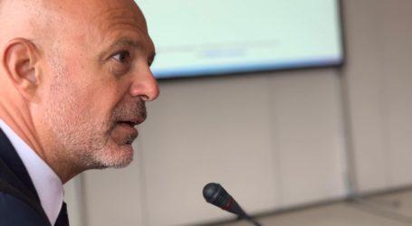 Στη Μύκονο, παρουσία του Βολιώτη Γ. Κόνσουλα το συμβούλιο των συμβολαιογράφων της Ε.Ε.