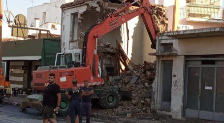 Βόλος: Εργασίες κατεδάφισης στην Πολυμέρη [εικόνες]