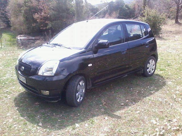 Έκλεψαν αυτοκίνητο στη Λάρισα - Έκκληση της ιδιοκτήτριας για τον εντοπισμό του (φωτο)