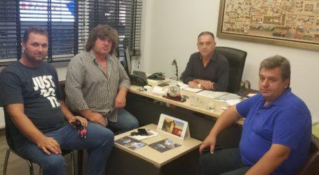 Κέλλας: «Ευελιξία στο καθεστώς ασφάλισης των εργατών γης»