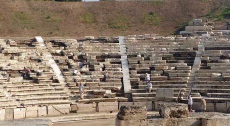 Ξεκίνησε η πέμπτη φάση αποκατάστασης του Αρχαίου Θεάτρου Λάρισας (φωτο)