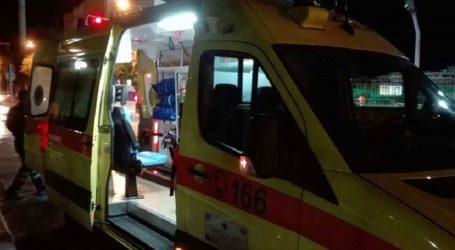 Τροχαίο με αυτοκίνητο και μηχανάκι στη Λάρισα – Στο νοσοκομείο 19χρονος