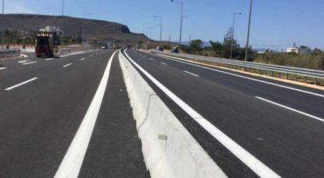 Βόλος: Σταμάτησε στην εθνική οδό λόγω λάστιχου και άλλο ΙΧ έπεσε πάνω του!