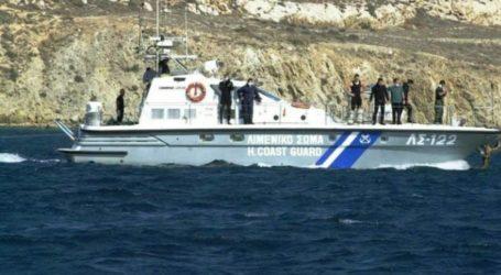 Σε βραχώδη ακτή προσέκρουσε σκάφος στη Σκόπελο