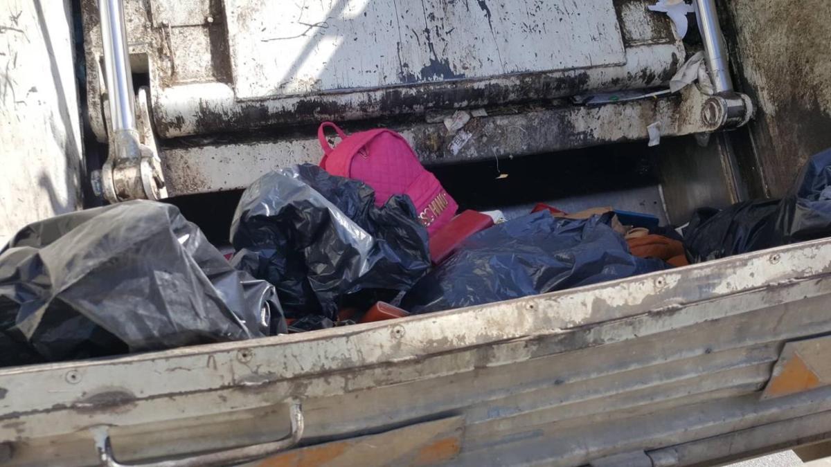 Μεγάλη επιχείρηση για παραεμπόριο στο παζάρι της Λάρισας - Δείτε φωτογραφίες