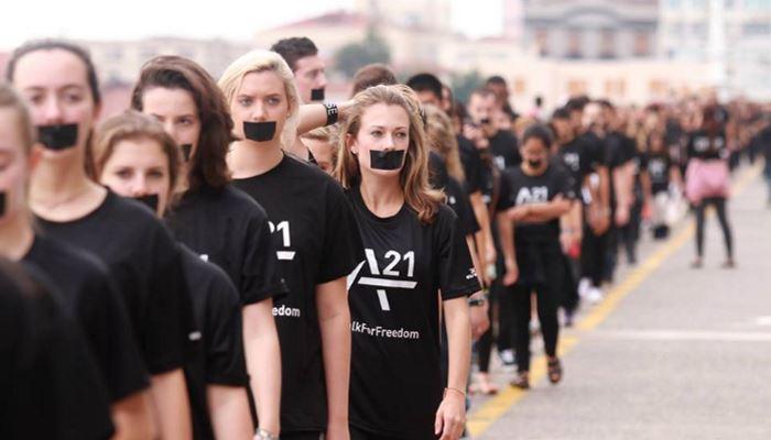 walk for freedom parade