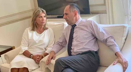 Τα προβλήματα της Μαγνησίας έθεσε στον Υπουργό Επικρατείας η Ζέττα Μακρή