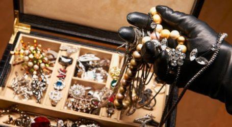 Βόλος: Οικιακή βοηθός έκλεψε ακριβά κοσμήματα από 66χρονη