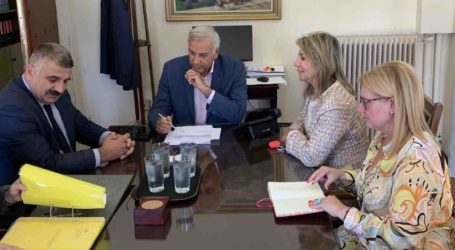 Στον Γ.Γ. Υπουργείου Εσωτερικών Ζέττα Μακρή και Μιχάλης Μιτζικός