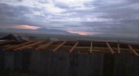 """Η ανεμοθύελλα """"σήκωσε"""" στέγη κτηνοτροφικής μονάδας στα Πλατανούλια – Ζημιές χιλιάδων ευρώ (φωτο)"""