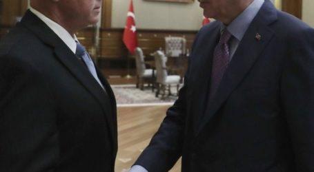 """Τραμπ και Πούτιν """"στραγγάλισαν"""" τον Ερντογάν"""