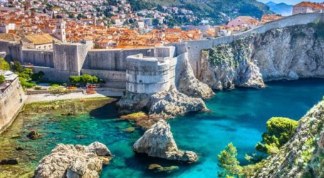 Οι Ούγγροι πρώτοι σε επενδύσεις στο Μαυροβούνιο