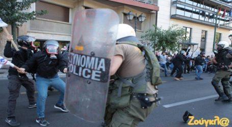 Ένταση στη συγκέντρωση κατά του Πομπέο στο κέντρο της Αθήνας