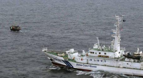 Τουλάχιστον δέκα βορειοκορεάτες ναυτικοί διασώθηκαν από ναυάγιο αλιευτικού