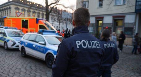ΤΩΡΑ: Αιματηρή επίθεση σε συναγωγή στη Γερμανία