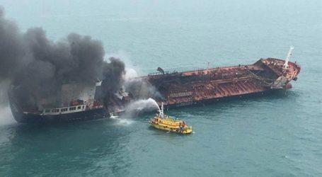 Φωτιά σε ιρανικό τάνκερ – Φόβοι για τρομοκρατική ενέργεια