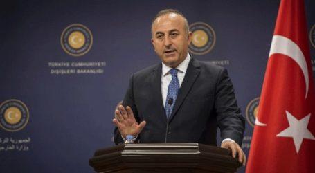 Ο Τσαβούσογλου απορρίπτει την πρόταση Τραμπ για μεσολάβηση με τους Κούρδους