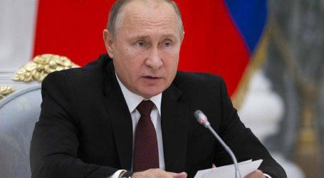 Ο Πούτιν στη Σαουδική Αραβία για το πετρέλαιο και το Ιράν