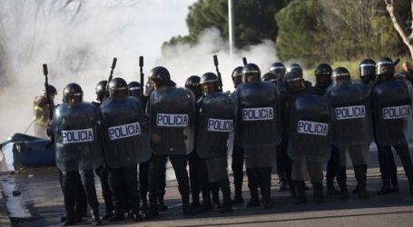 Επεισόδια μεταξύ αστυνομίας και διαδηλωτών μετά την καταδίκη εννέα αυτονομιστών