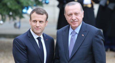 Τηλεφωνική επικοινωνία Μακρόν – Ερντογάν για τις στρατιωτικές επιχειρήσεις στη βορειοανατολική Συρία
