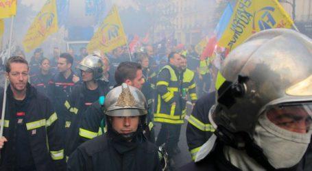 Επεισόδια σε διαδήλωση πυροσβεστών στο Παρίσι