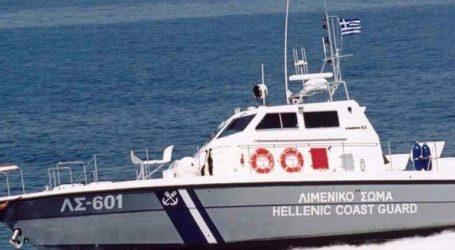 Συνεχίζονται οι έρευνες για λέμβο που φέρεται να μεταφέρει μετανάστες σε θαλάσσια περιοχή νοτιοδυτικά των Οθωνών