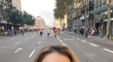 Ποιά σύζυγο πρώην υπουργού πέτυχε η «Ζούγκλα» να διαδηλώνει στα επεισόδια της Βαρκελώνης;