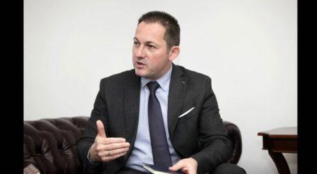 Στέλιος Πέτσας:«Δεν καλούμε κανέναν οικονομικό μετανάστη να έλθει στη χώρα»