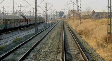 Συμβολικός αποκλεισμός των σιδηροδρομικών γραμμών σήμερα στο Άδενδρο